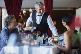 Cách để cho Sommelier biết ngân sách của bạn khi đến nhà hàng