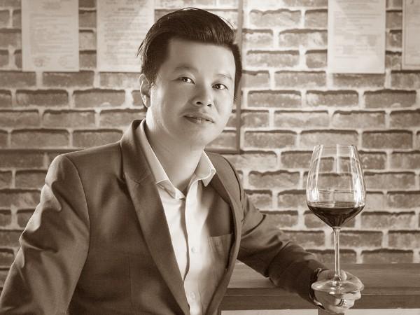 Robert Cao