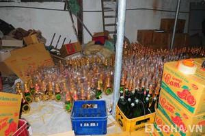 Cận cảnh sản xuất rượu vang siêu tốc, giá chỉ ngang nước lọc
